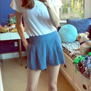 Sleek pleated shorts